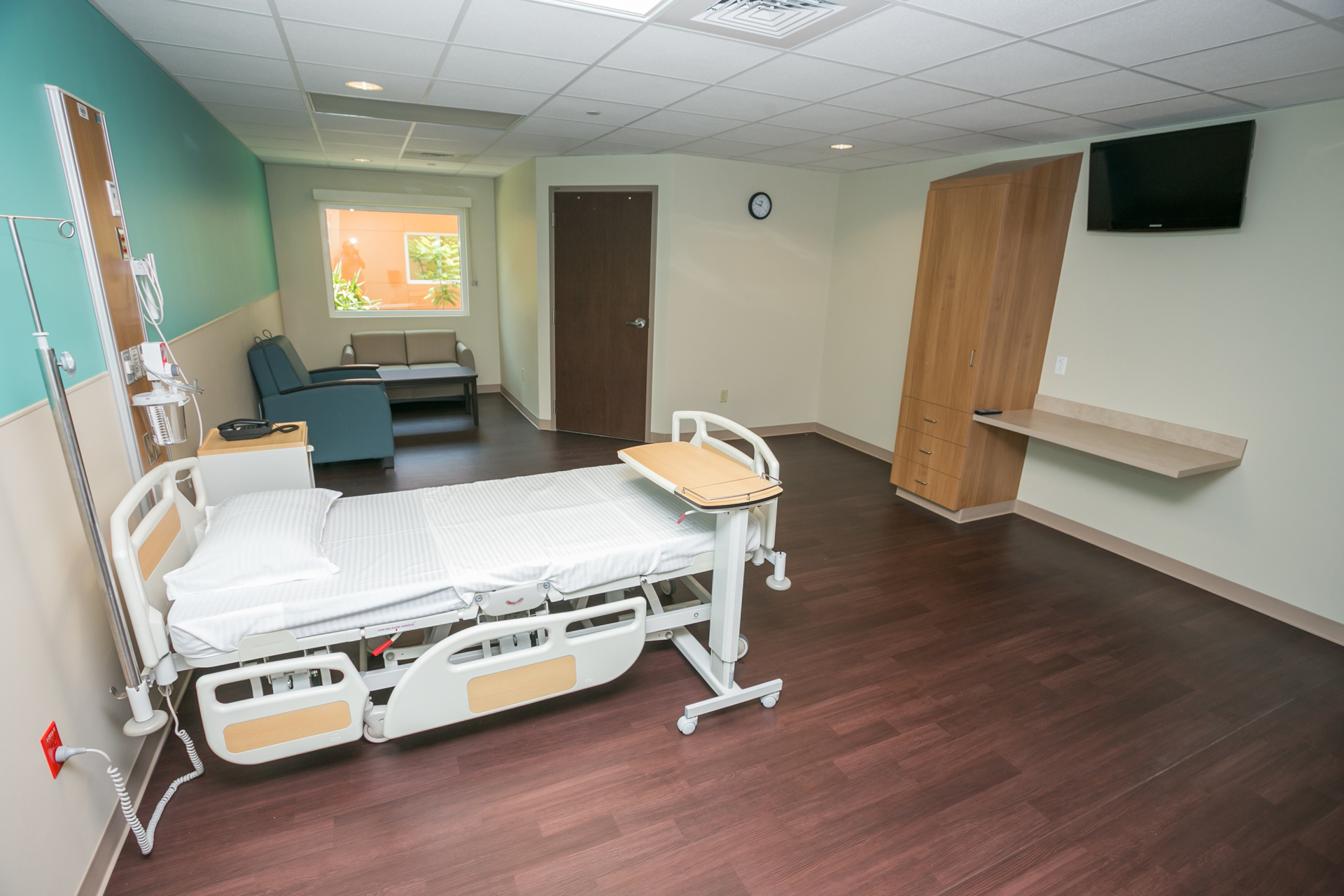 Health City Single Patient Bedroom